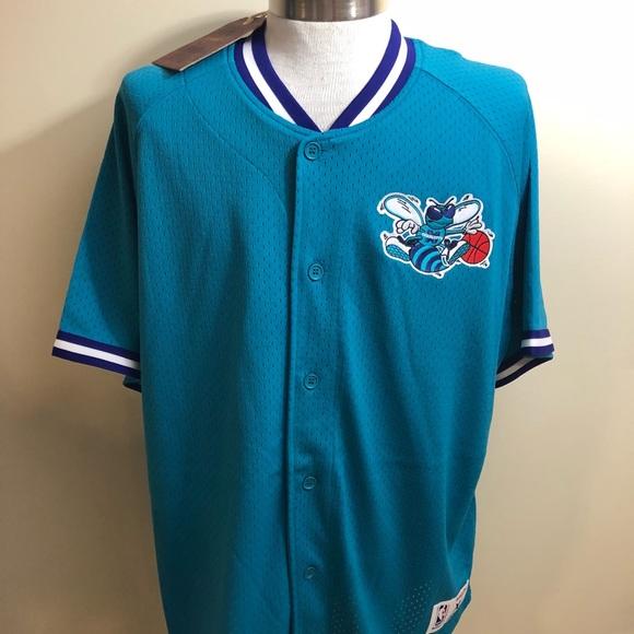 36a75611 Mitchell & Ness Shirts | Charlotte Hornets Mitchell Ness Seasoned ...
